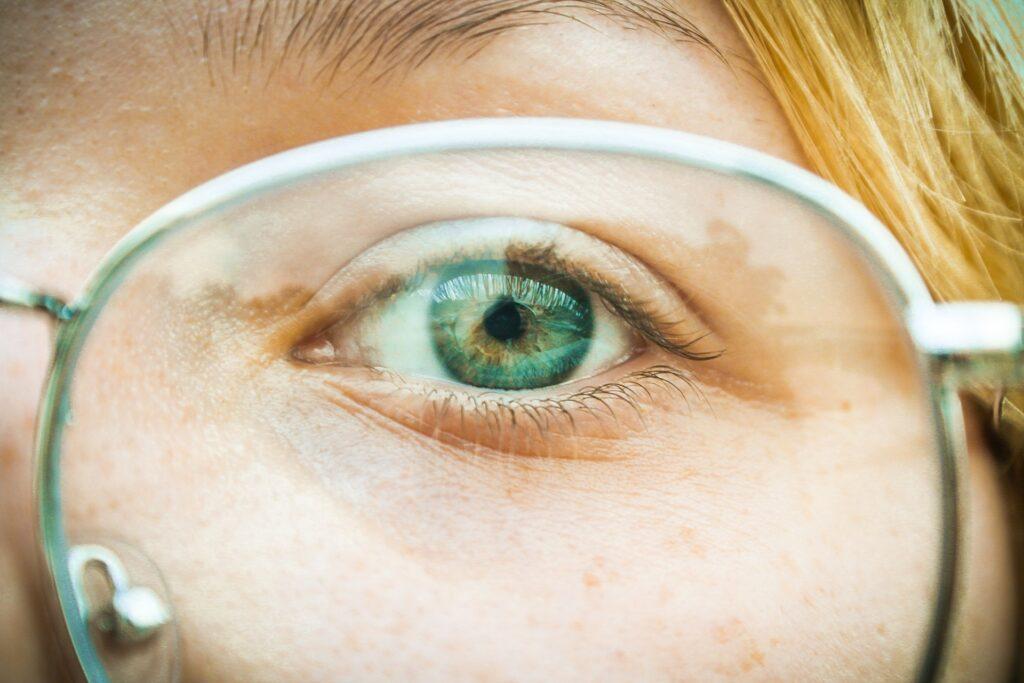 green eyes on glasses