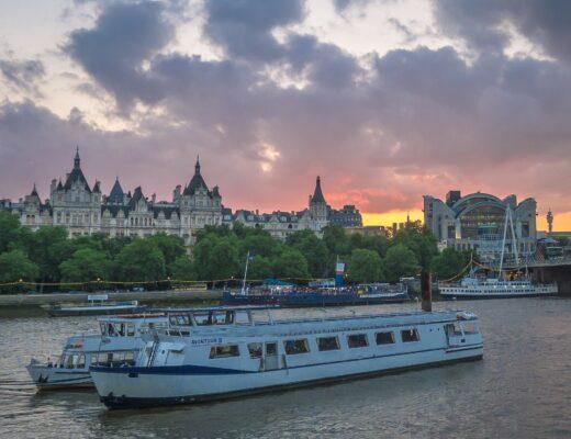 thames river boat cruise london